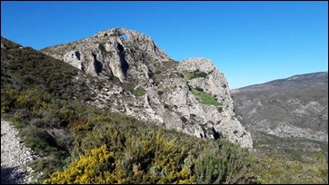 Approaching La Forada